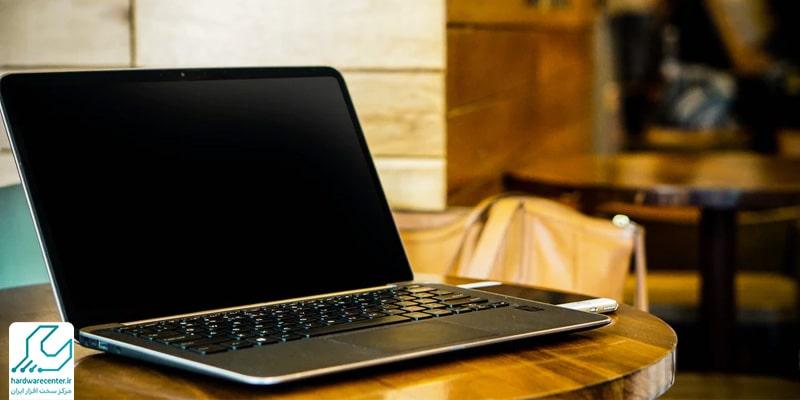 سیاه شدن صفحه لپ تاپ